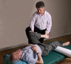 Wilfred van Dorp gives an individual Feldenkrais session